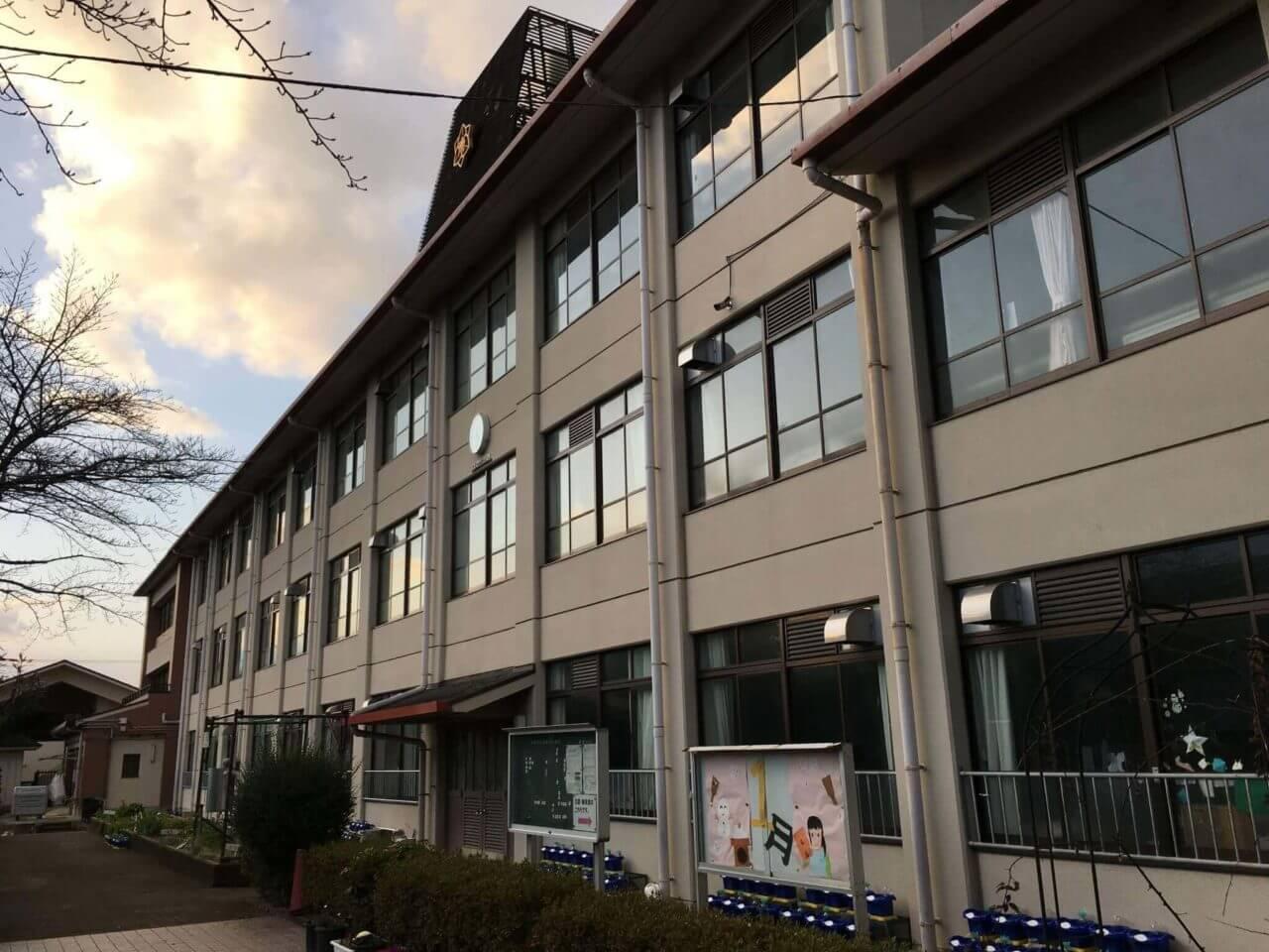 岩倉南小学校 校舎外観